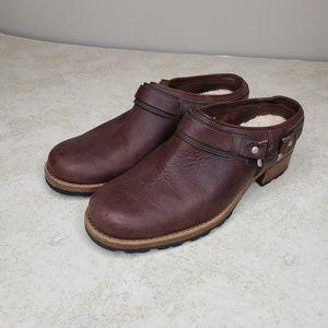 UGG Australia Sullivan leather harness mule US 7